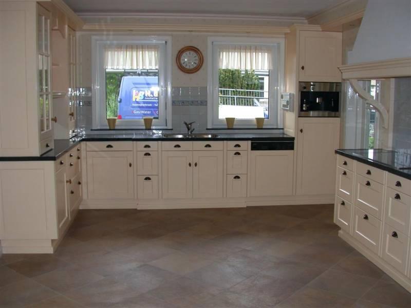 Keuken Vloer: Aanleggen keukenvloer timmer en afbouwbedrijf w van der ...