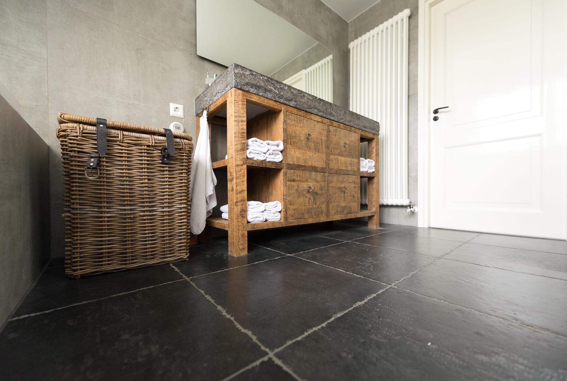 Badkamer Showroom Nijkerk : Betonlook tegels badkamer nijkerk ouwendorp tegels